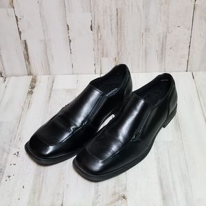 Boys sonoma dress shoes size 7